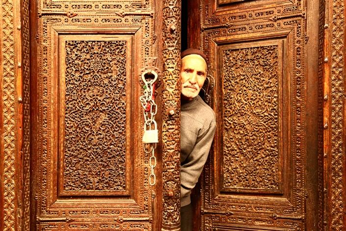 درب قدیمی مسجد ازغد