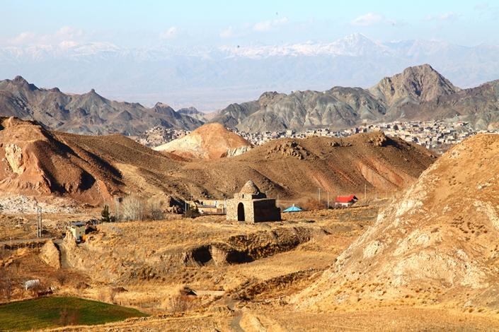 چهار طاقی بازه هور،اتشکده مشهد،جاذبه های تاریخی فرهنگی شهر مشهد،جاهای دیدنی مشهد