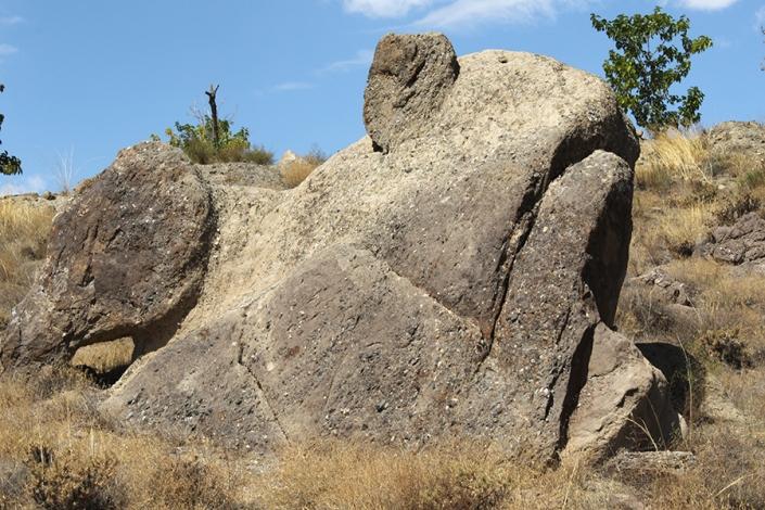 قورباغه سنگی،ژئوتوریسم