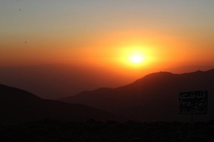 قله فلسکه،کوه های اطراف مشهد،جاهای دیدنی مشهد،تفرجگاه های مشهد،تفریگاه های مشهد،کوهنوردی