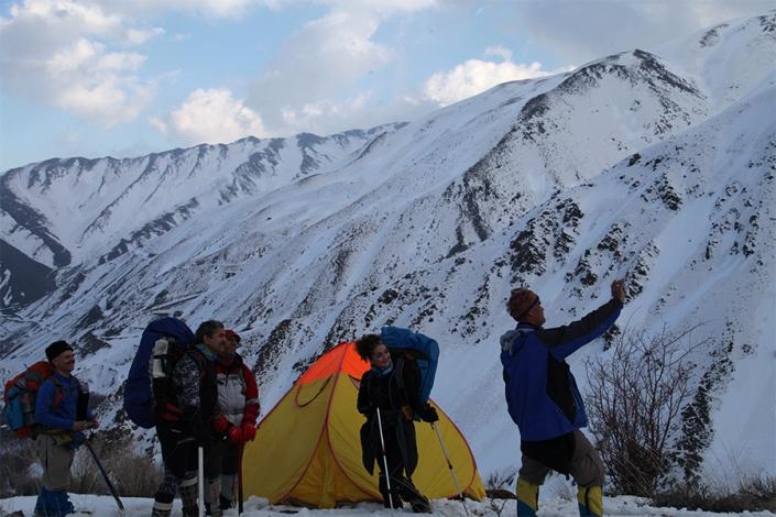 قله زشک،کوه های اطراف مشهد،جاهای دیدنی مشهد،تفرجگاه های مشهد،تفریگاه های مشهد،کوهنوردی