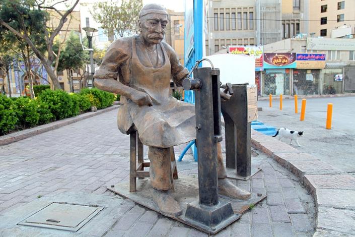 المان های نمایشی شهر مشهد،المان قفلگر،کوچه عیدگاه،جاهای دیدنی شهر مشهد