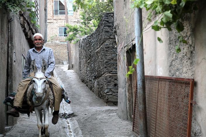 روستای دهبار،از تفرجگاه های مشهد،جاهای دیدنی مشهد،رودخانه طرقبه