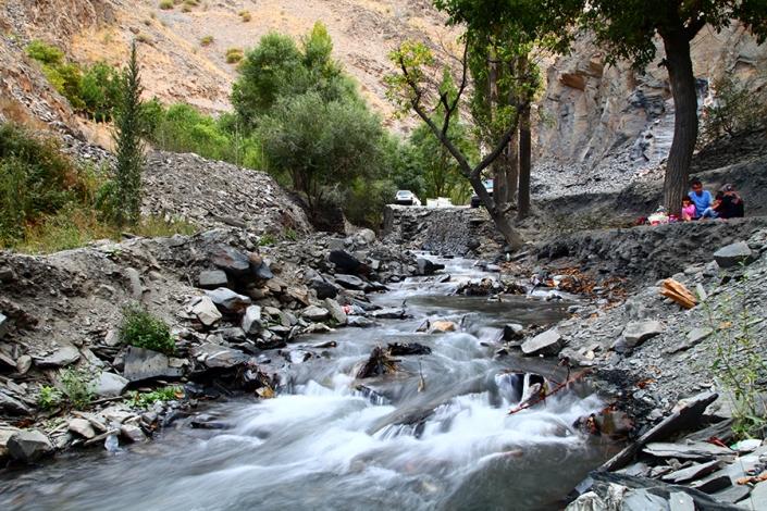 رودخانه زشک،رودخانه دائمی،از تفرجگاه های مشهد،جاهای دیدنی مشهد