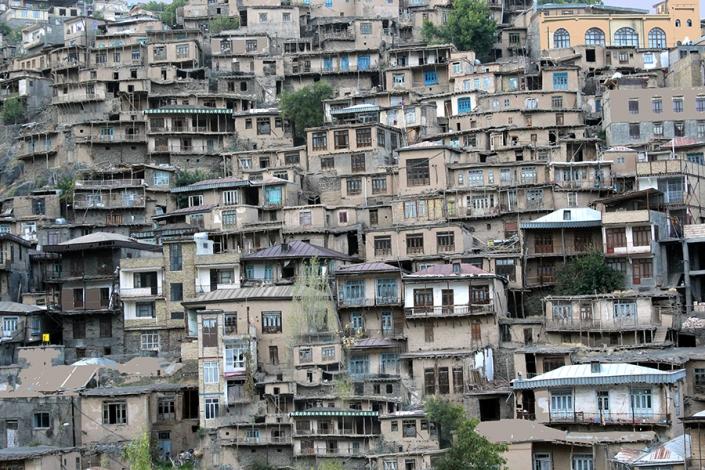 خانه های پلکانی روستای کنگ