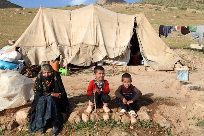 عشایر روستای خرکت