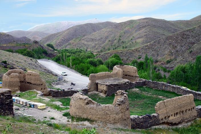 قلعه قدیمی روستای سربرج