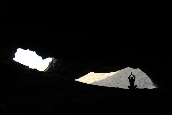 دهانه های ورودی غار مغان معروفترین غار مشهد