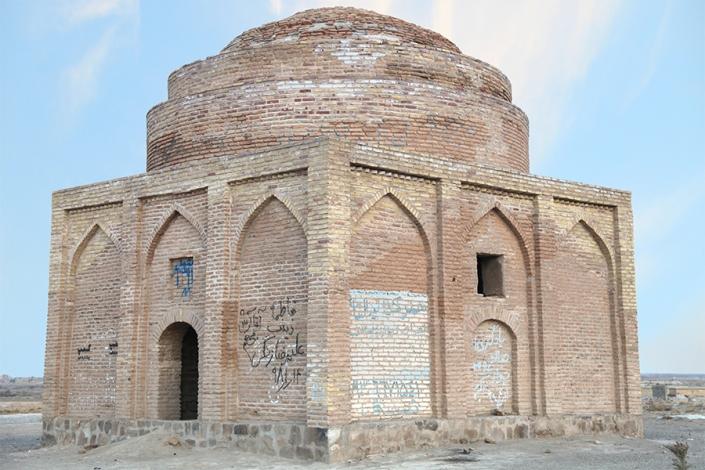 چهار طاقی چلاقی،جاذبه های تاریخی فرهنگی شهر مشهد،جاهای دیدنی مشهد