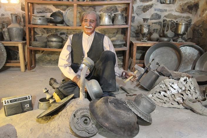 کاروانسرای ویرانی،موزه مردم شناسی ویرانی،جاذبه های تاریخی فرهنگی شهر مشهد،جاهای دیدنی مشهد