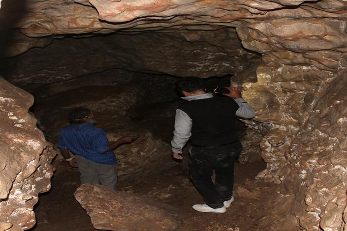 راهروهای غار هزار دالان،غار نوردی،جاذبه های گردشگری