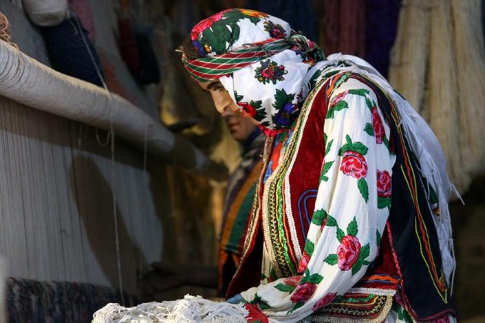 لباس محلی کردهای ساکن شهرستان مشهد